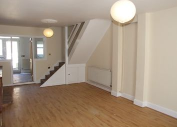 Thumbnail 2 bedroom property to rent in Fernbrook Avenue, Southend-On-Sea