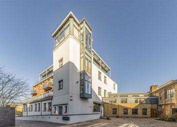 Porteus Place, London SW4. 2 bed flat for sale