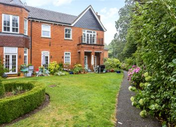 Rokefield House, Westcott Street, Dorking, Surrey RH4. 2 bed flat