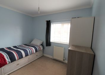 Thumbnail Room to rent in Granville Avenue, Slough