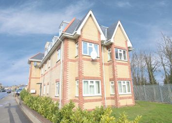 Thumbnail 2 bed flat for sale in Frinton Court, Whetstone, Greater London