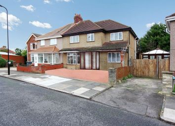 Thumbnail 3 bed flat to rent in Wedmore Road, Greenford