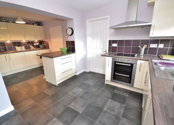 Thumbnail 5 bed detached house for sale in Heath Road, Leighton Buzzard