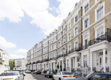 Thumbnail 1 bed flat to rent in Hogarth Road, London