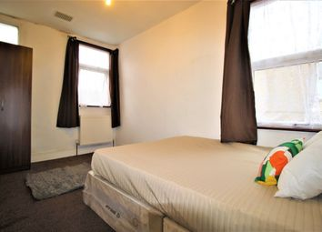 Thumbnail Room to rent in Richford Road, London