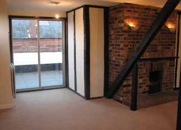 Thumbnail 2 bed flat to rent in Brook Street, Bishops Waltham, Nr Southampton