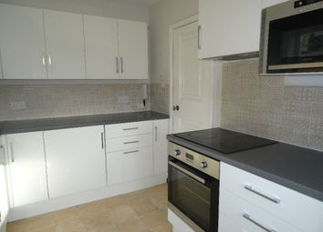 Thumbnail 3 bedroom flat to rent in The Avenue, Beckenham