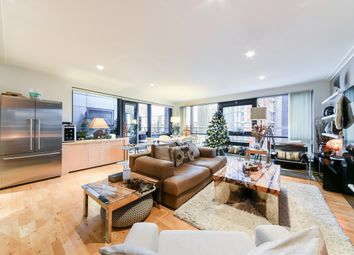Thumbnail 2 bed flat to rent in Discovery Dock, South Quay Square, London