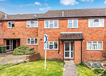 Thumbnail 3 bed terraced house for sale in Chandlers Close, Wantage