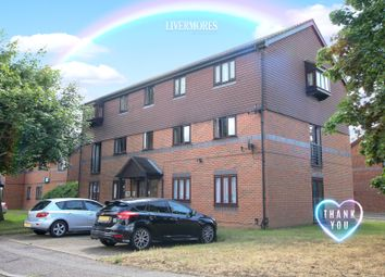 Thumbnail 1 bedroom flat for sale in Woodfall Drive, Crayford