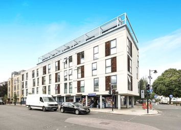 Downham Road, Islington N1. 1 bed flat