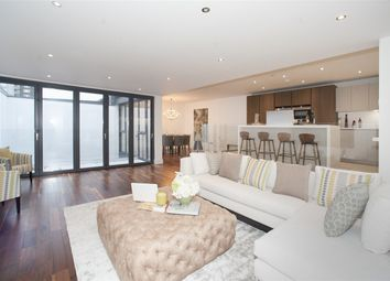Thumbnail 5 bed property for sale in W12