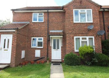 Thumbnail 2 bed flat for sale in Grovehill Road, Beverley