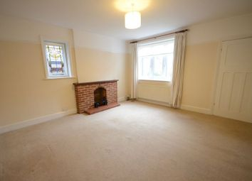 Thumbnail 2 bedroom flat to rent in Clifton Park Road, Caversham, Reading