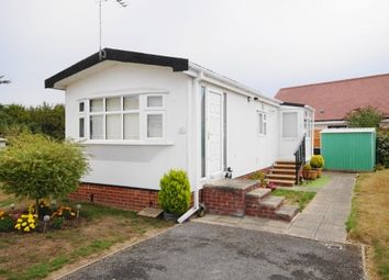 Thumbnail 1 bed mobile/park home for sale in Selwood Park, Weymans Avenue, Bournemouth