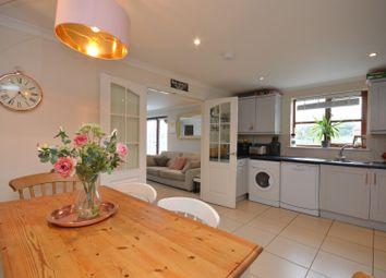Trescothick Close, Keynsham, Bristol BS31. 3 bed flat