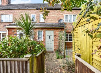 2 bed end terrace house for sale in Kennet Place, Newbury RG14