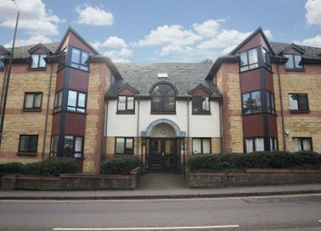 Thumbnail 2 bed flat for sale in Brooklands Court, Hatfield Road, St Albans