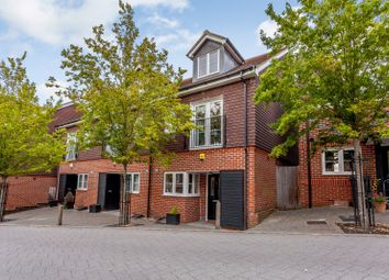 3 bed town house for sale in Uplands Road, Guildford GU1