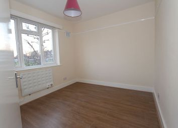 1 bed flat to rent in Woodlands Road, London N9