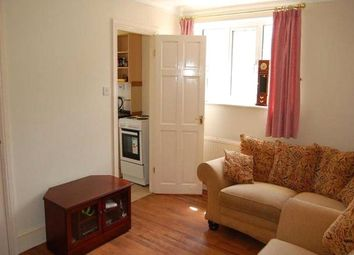 Thumbnail 2 bedroom flat to rent in Clarence Street, Egham