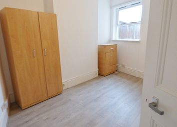 Thumbnail 1 bed flat to rent in St Marks Road, Bush Hill Park