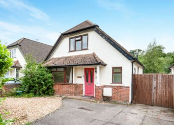 Thumbnail 2 bed detached house to rent in Woodlands Avenue, West Byfleet, Surrey
