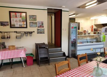 Thumbnail Restaurant/cafe for sale in Cafe & Sandwich Bars LS11, West Yorkshire