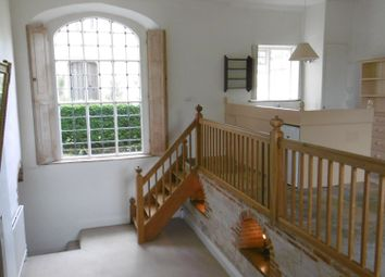 Thumbnail 2 bed flat to rent in South Fawley, Near Wantage And Newbury