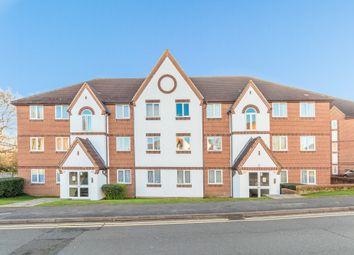 Thumbnail 2 bedroom flat for sale in Littlebrook Avenue, Slough, Berkshire