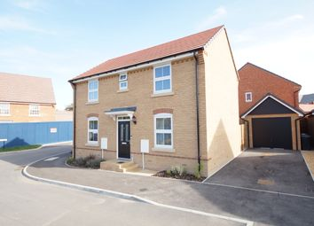 Barker Crescent, Hook RG27. 3 bed detached house