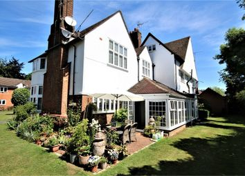 2 bed flat for sale in Tunmers House, Narcot Lane, Chalfont St Peter, Buckinghamshire SL9