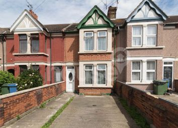 Thumbnail 5 bed terraced house for sale in Halfway Road, Minster On Sea, Sheerness