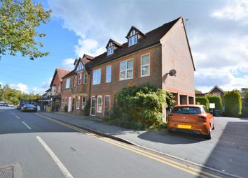 Buckingham House, Bois Lane, Amersham HP6. 1 bed duplex