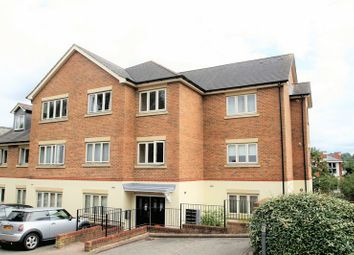 Thumbnail 2 bed flat to rent in Dunstan Road, Tunbridge Wells