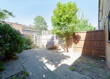 Thumbnail 3 bed flat to rent in Lofting Road, Islington