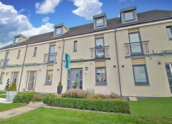 Thumbnail 3 bedroom town house for sale in Crofton Drive, Braehead, Renfrew