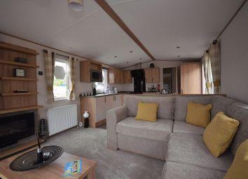 Thumbnail 2 bed mobile/park home for sale in Fairlight, Ashford Rise, Braunton Road, Barnstaple