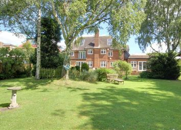 Thumbnail 6 bed detached house for sale in Great North Road, Bell Bar, Hertfordshire