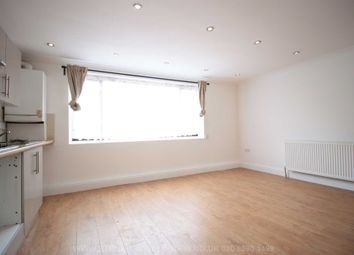 Thumbnail Studio to rent in Hoe Street, Walthamstow