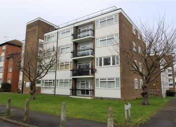 Thumbnail 2 bedroom flat to rent in The Ridgeway, Chingford, London