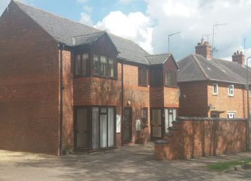 Thumbnail 1 bed flat to rent in Kings Road, Banbury, Oxfordshire