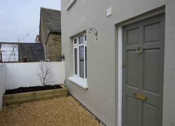 Thumbnail 1 bed flat to rent in Swingburn Place, Witney