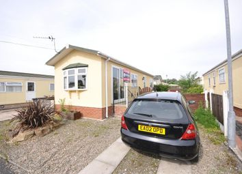 Thumbnail 2 bedroom mobile/park home for sale in Ash Drive, Lamaleach Residential Park, Freckleton, Lancashire