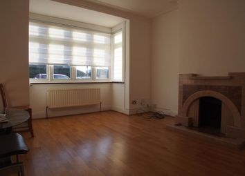 Thumbnail Room to rent in North Circular Road, Palmers Green
