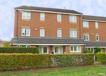 Thumbnail 5 bed terraced house for sale in Winthorpe Gardens, Borehamwood