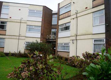 2 bed flat to rent in Berkley Court, Bury Old Road, Salford M7