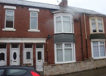 Thumbnail 3 bedroom flat to rent in Armstrong Terrace, South Shields