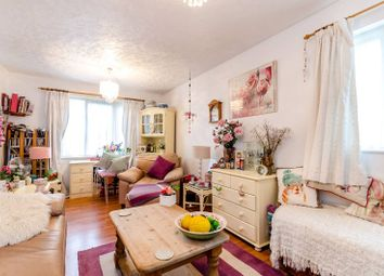 Thumbnail 1 bedroom flat for sale in Cotswold Way, Worcester Park