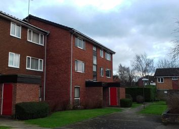 Thumbnail 2 bedroom flat to rent in The Paddock, Hatfield